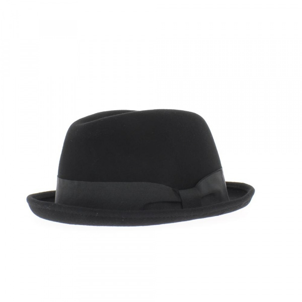 Cleveland hat