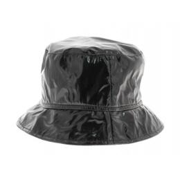 Chapeau de pluie verni