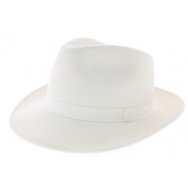 Chapeau fedora blanc
