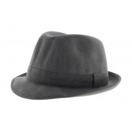 Alcantara hat