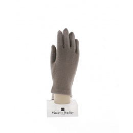 Touch gloves for smartphone