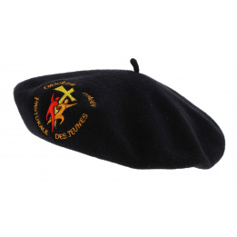 Basque Beret Embroidery Logo - Traclet