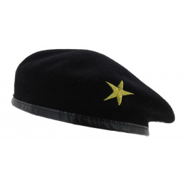 Che Guevara yellow star beret