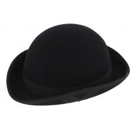 connor hat