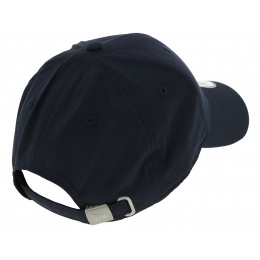 Strapback Flawless Navy Waterproof Style Cap - New Era