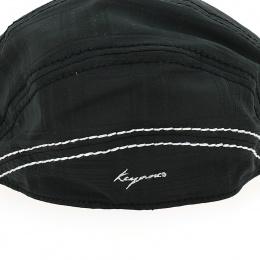 Casquette plate noire keyone
